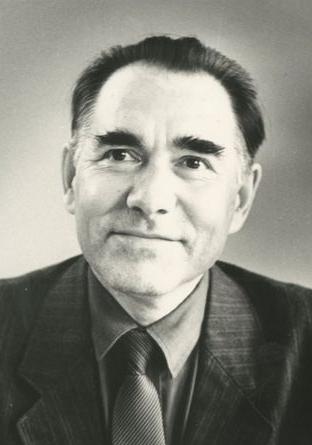 Юрий Сементер çыравçă.